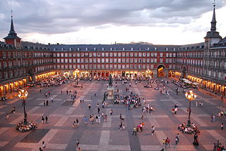 Plaza_Mayor_de_Madrid, Wikipedia
